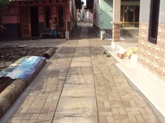 Pemeliharaan/Rehabilitasi Jalan Lingkungan dan Crossing Kelurahan